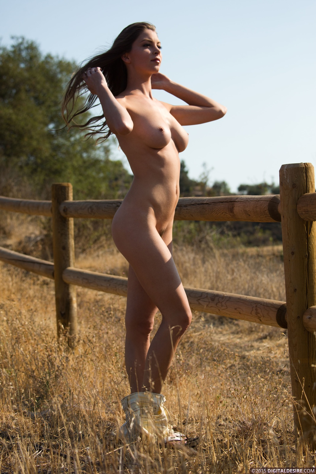 Horny Girl On A Ranch  Sexy Nude Paradise-7047